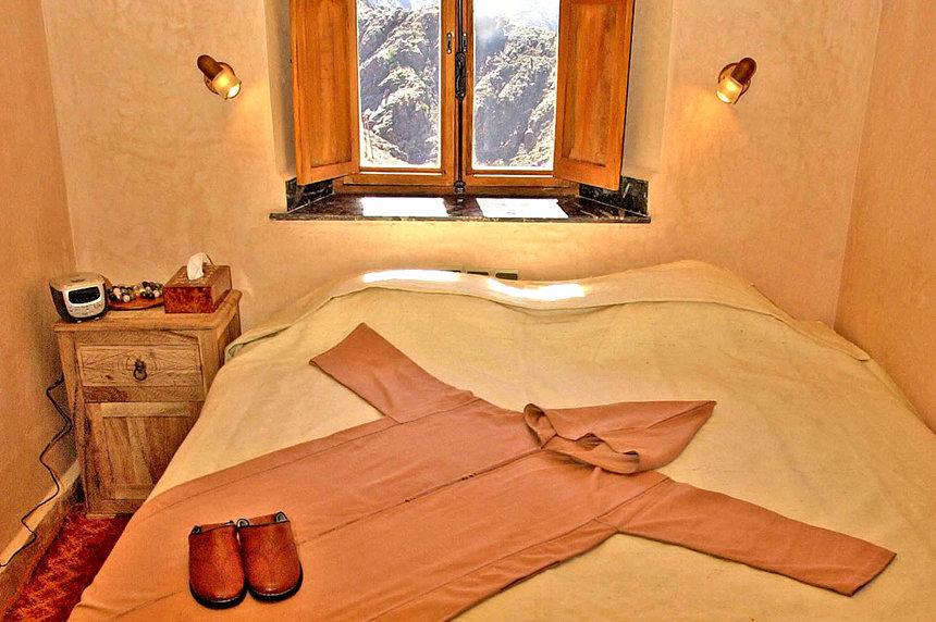 Azzaden Trekking Lodge en-suite room