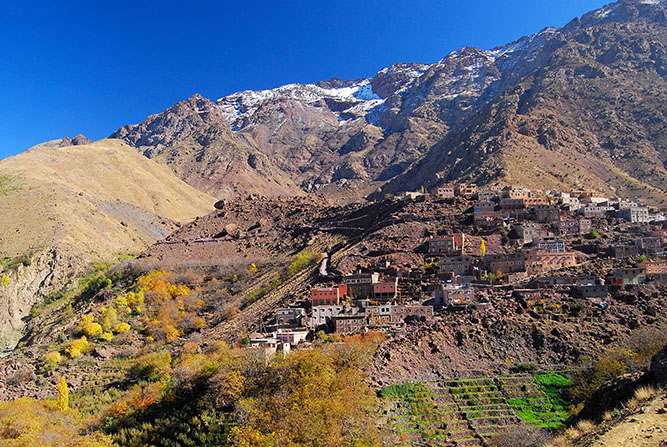 Kasbah du toubkal the stunning scenery of the high atlas mountains voltagebd Images